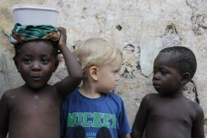 enfant noir enfant blanc