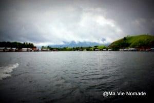 Lac Santani vue d'ensemble